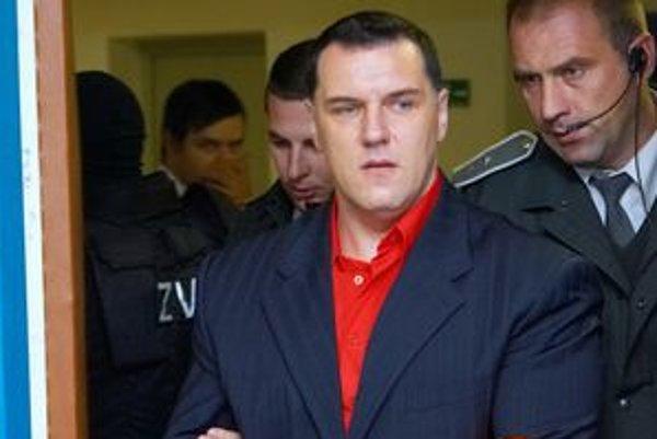 Mikuláš Černák predstúpi v utorok pred súd, aby si vypočul verdikt.