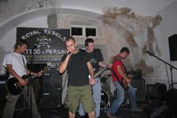 Naživo. Deformácia počas koncertu v Prešove.