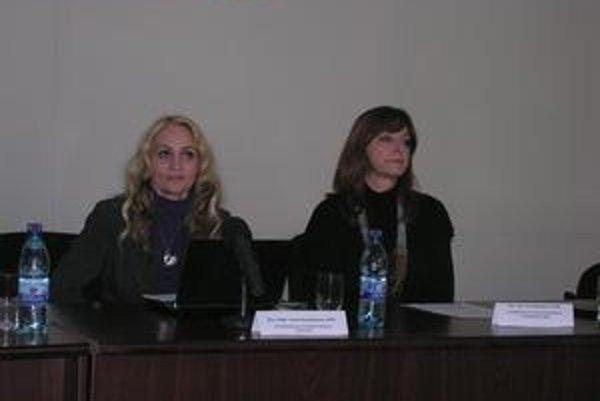 Prorektorky I. Kovalčíková a J. Burgerová. PU získala na projekty 16 mil. eur.