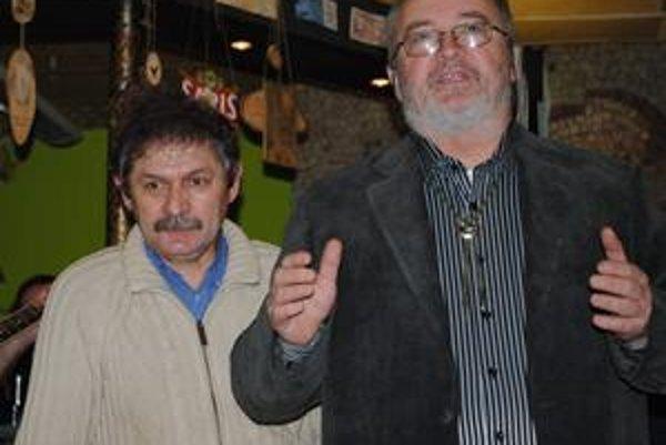 Duše výstavy. J. Jurčišin (vľavo) a A. Korbačka.