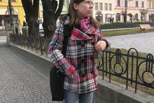 Ochranárka Katarína Vrábľová. Hovorí, že zdravotný stav stromov nie je dobrý.