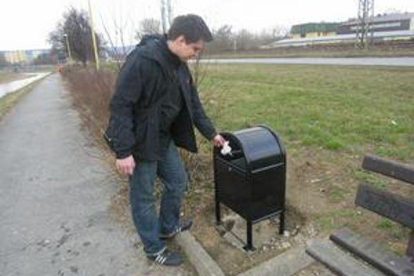 V Prešove vymenili staré koše za antivandalské koše.