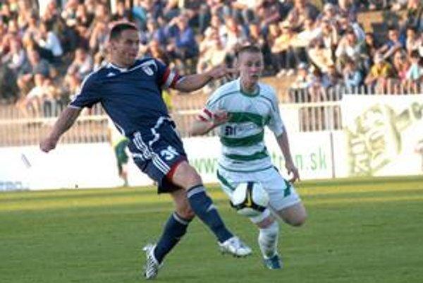 Kapitán pečatil. Luboš Belejík (vpravo) strelil svoj tretí corgoňligový gól.