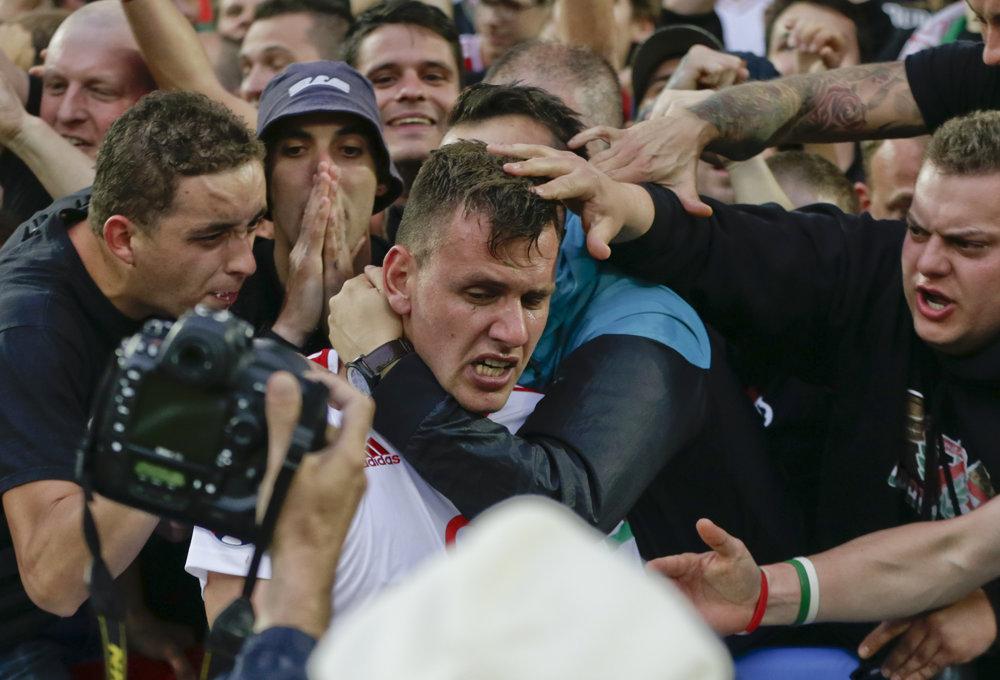 Szalai dal úvodný gól Maďarska na šampionáte, na ktorom si získali sympatie celého futbalového sveta.
