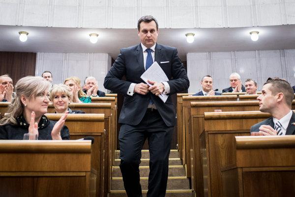 Predseda parlamentu Andrej Danko z SNS patrí k top favoritom na post premiéra.
