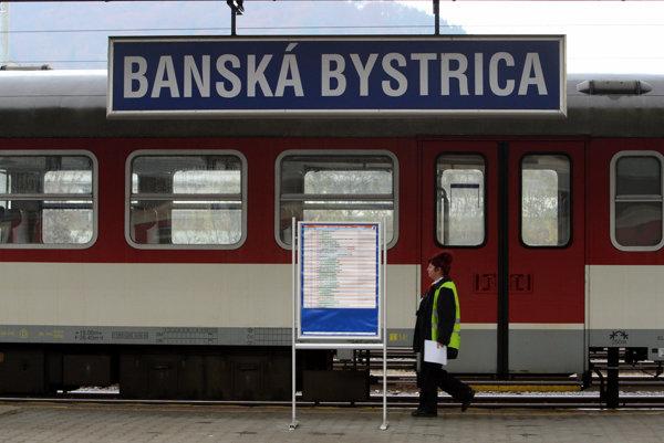 Či sa súkromných rýchlikov do Bystrice dočkáme, nie je jasné.