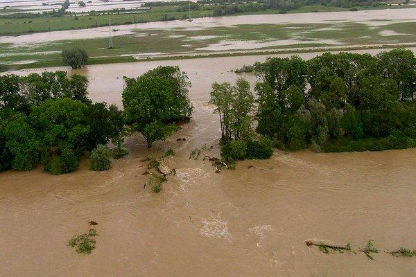Problémy s povodňovými vlnami sa na južnom Zemplíne pravidelne opakujú. Teraz by mal byť systém ochrany efektívnejší.