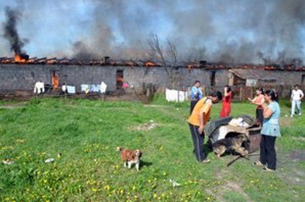 Plamene ľudí pripravili o bývanie.