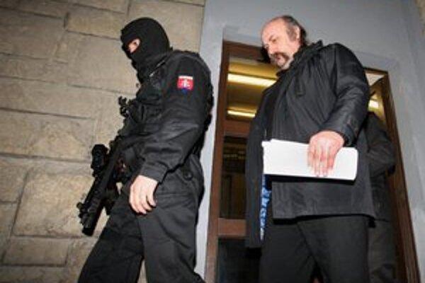 Mikuláš Vareha je stále vo väzbe, jeho kumpán sa dohodol na päťročnom treste.