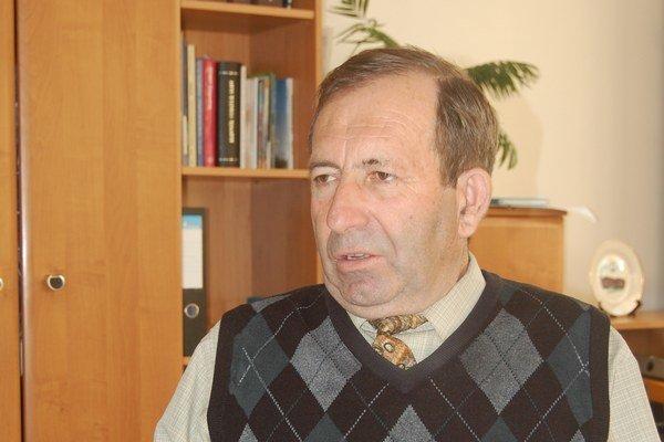 Bystrík Hudák. Chcú referendum na jeho odvolanie.