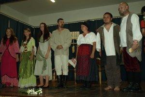 Miestni divadelníci sa predstavili v dvoch hrách.