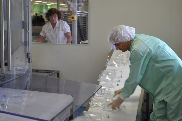 Práca v novom laboratóriu.