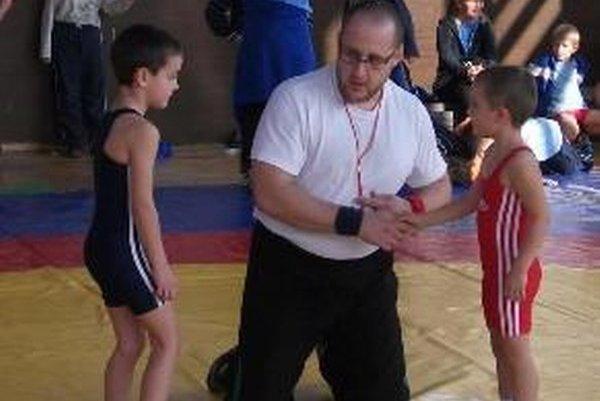 Libor Mokrý ml. medzi nádejnými zápasníkmi.