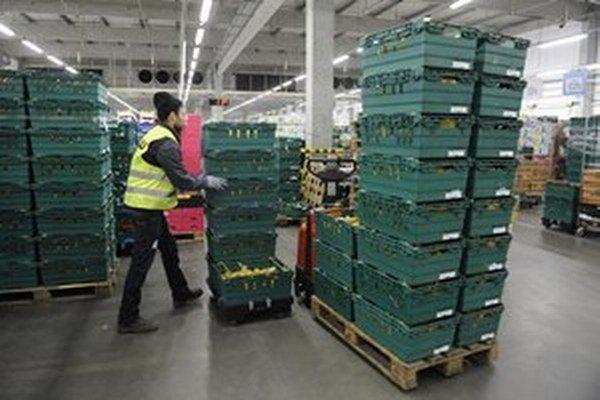 Slovenská poľnohospodárska a potravinárska komora tvrdí, že reťazce vyberajú logistický poplatok.