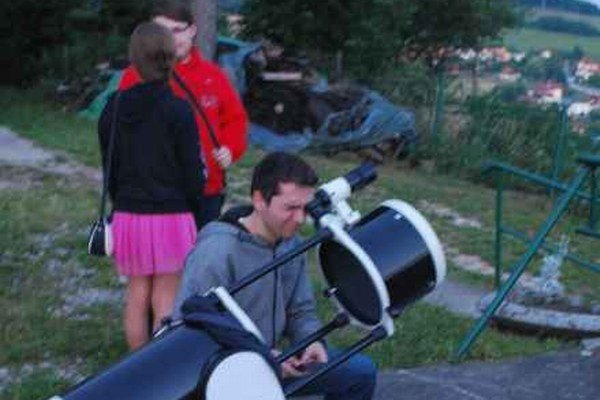 Večerné pozorovanie. Pozorovali aj planétu Saturn.