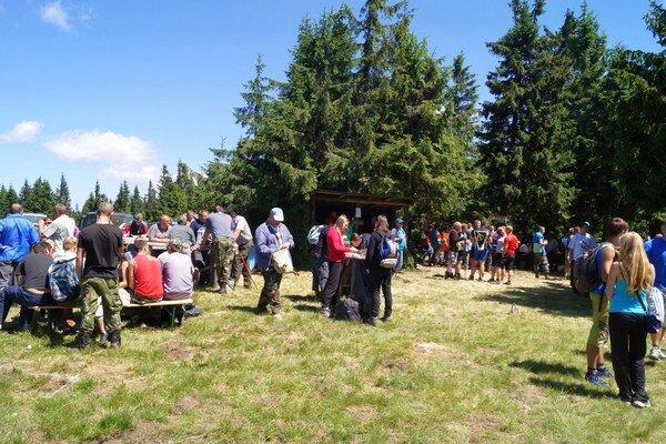 Výstup na Stolicu. Zúčastnilo sa vyše 350 ľudí.