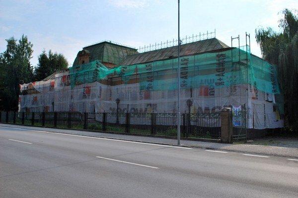 Rekonštrukcia Baníckeho múzea. Začalo sa s prácami na budove historického múzea.