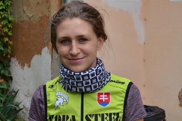 Anna Mikelová. V tomto roku mala zážitok so Saganom.