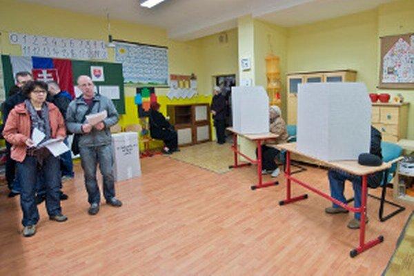 Voliči rozhodli aj o zložení mestských a obecných zastupiteľstiev.