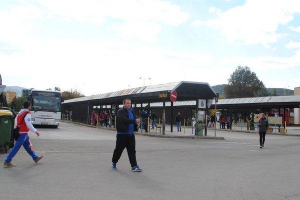 Autobusová stanica. Denne ju využíva niekoľko tisíc cestujúcich.