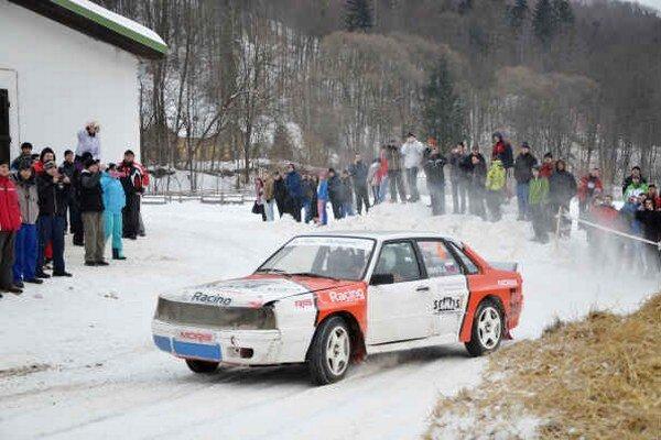 Úvodné preteky. Už niekoľko rokov sa MRC začína Dobšinskou zimou.