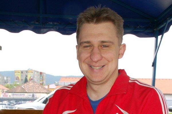 Stolný tenista. Vozičkár Rastislav Revúcky.