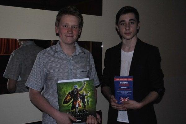 Roman a Patrik (zľava). Obaja patrili k najlepším v tom, čo ich baví - dejepis a anglický jazyk.