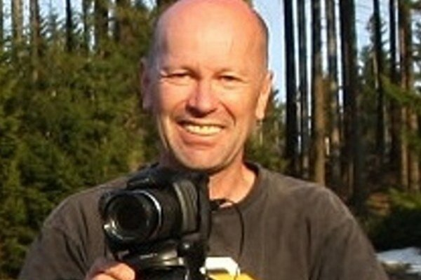 Fotograf I. Kerekeš. S fotoaparátom tvoria nerozlučnú dvojicu.