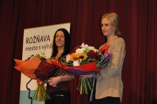 H. Farkašová. Na snímke vľavo, najúspešnejšia paralympionička v histórii Slovenska.