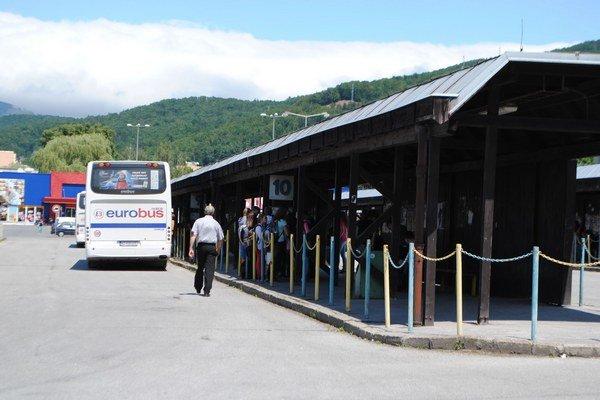 Autobusová stanica. Denne ju využije niekoľko tisíc cestujúcich.