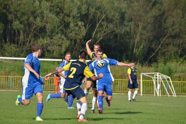 Začal to. O prvé dva góly Kalše sa postaral Vladimír Horňák.