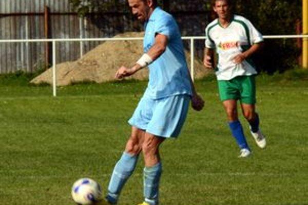 Vyrovnávajúci gól Lipovníka v Ruskove zaznamenal Vladislav Vávra.