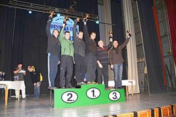 Trojica najlepších. Víťazstvo v absolútnom poradí získali V. Majerčák/B. Kubovič pred T. Kukučkom a A. Gömörim. Tretie miesto získala v premiére na tomto podujatí nestarnúca posádka I. Drotár/V. Bánoci.