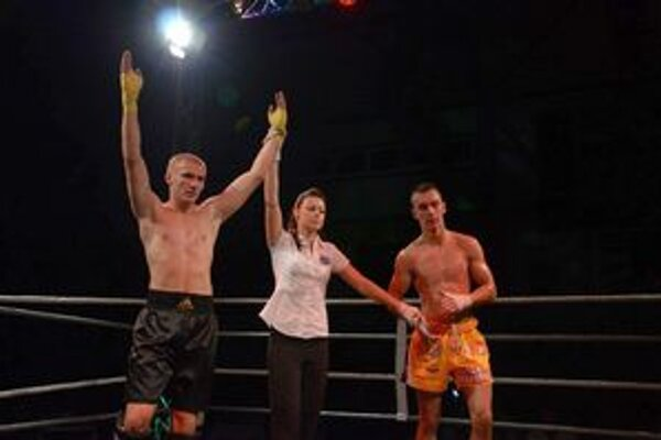 Miroslav Madzin (vľavo) už v Rožňave zápasil počas septembrovej Noci bojovníkov.
