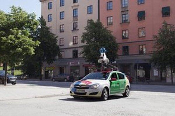 Street View autá. Medzi nafotenými mestami môžu byť aj ulice Rožňavy.