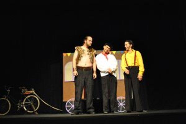 Hans, Christian a Andersen. Hrdinovia novej rozprávky v podaní divadla Actores.