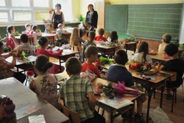 Základné školy. Nárast žiakov je len o 5 oproti minulému roku.