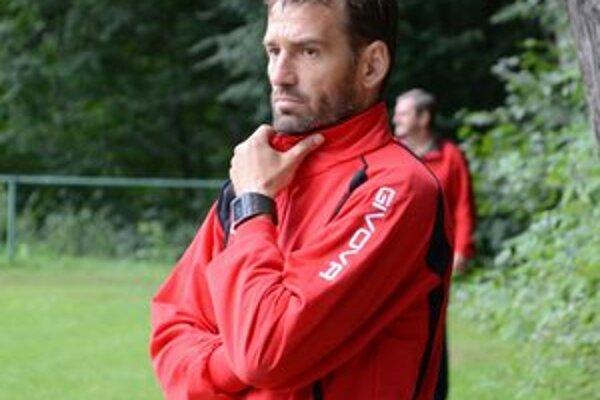 Hrajúci tréner Vladislav Vávra.