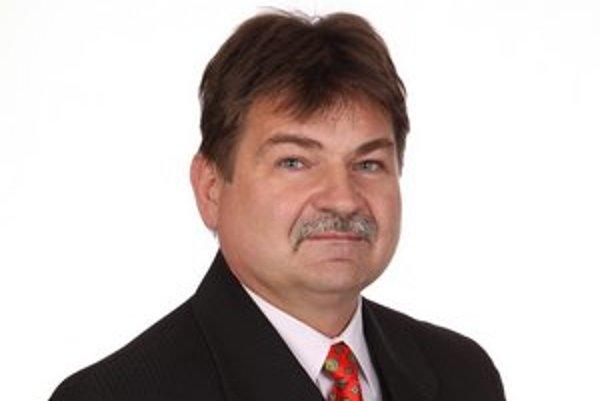 Gabriel Borzy. Zložil poslanecký sľub, za posledné mesiace je to štvrtá zmena v mestskom zastupiteľstve.
