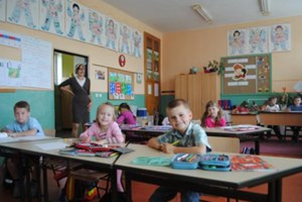 Hrhovská škola je taká ako iné, s tým rozdielom, že detí je tu menej.