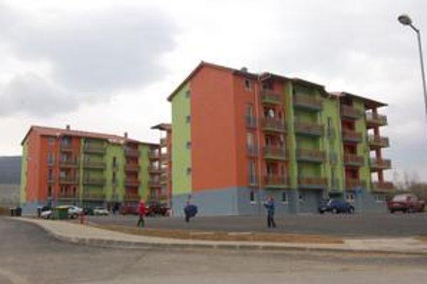 Nájomné byty. Práve o ne je najväčší záujem. Okrem už dostavaných bytoviek Družba I a II sú obsadené už aj byty v nedostavanej Družbe III a IV.