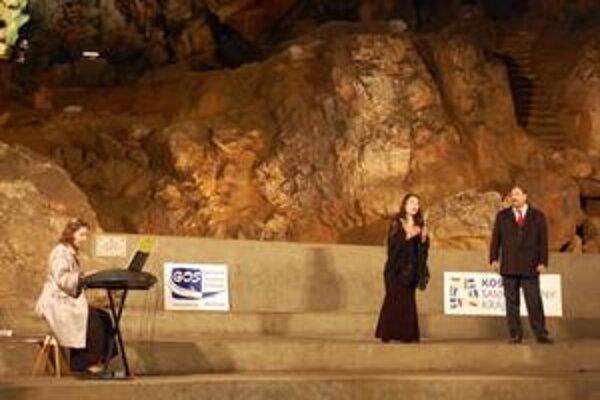 Vystúpenie. V jaskyni zazneli najznámejšie operné árie
