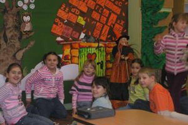 Škôlkari. Času plnému hier a zábavy o pár mesiacov odzvoní školský zvonec.