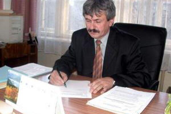 Poslanec NR SR za Smer Ján Babič.
