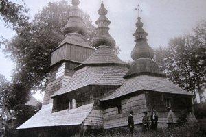 Pôvodný chrám. Takto ho zachytil historik umenia, spisovateľ aj fotograf Kornel Divald.