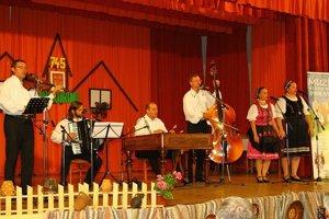 Tohtoročnou hudobnou lahôdkou bolo vystúpenie skupiny Milana Rendoša.