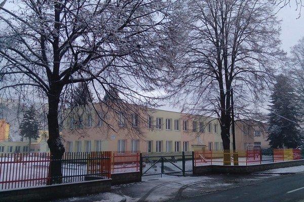 Škôlka na Nábrežnej ulici. Čoskoro ju zrekonštruujú.