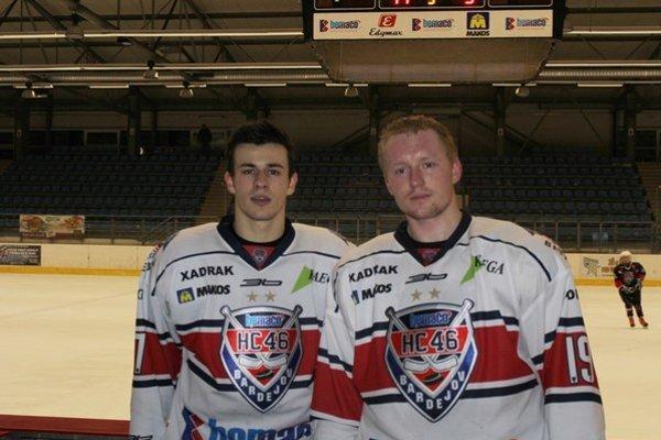 Filip Vaško (vľavo 17). Bol autorom štyroch gólov a jednej asistencie, Erik Belušár (19) pridal dva góly.
