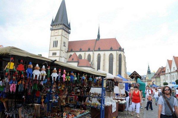 Bardejovský jarmok v historickom centre mesta zo zoznamu UNESCO.