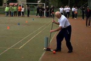 Seniori si zmerali sily v športových aj kreatívnych disciplínach.